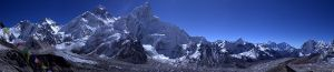 800px-Everest_panorama_from_Kala_Patthar